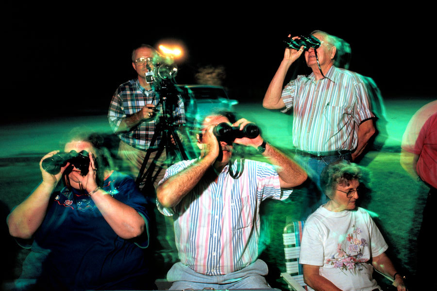 UFO watchers, Florida : Travel : Erik Freeland Photographer New York NYC- Freelance Photography Magazine Portrait Corporate Event Photojournalism New York, NY